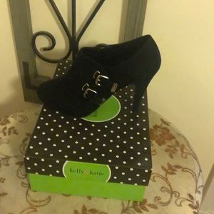 Kelly & Katie Shoes - Kelly and Katie heeled bootie